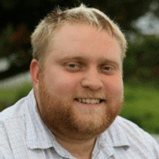 Aaron Weaver headshot
